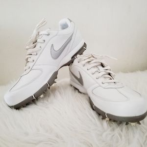 Nike women's golf shoes cleats